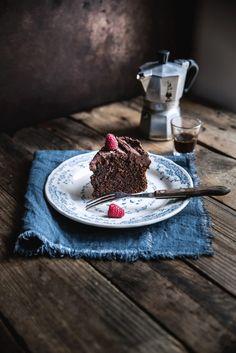 Torta al cioccolato fondente salato e caffè