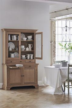 Neptune Henley 4ft Glazed Oak Dresser   Dining Furniture