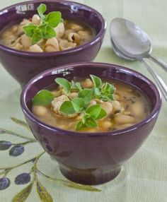 Easy White Chili With Hot And Spicy Oregano, finally something i can use my new spicy oregano plant in.