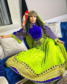 Afghan Clothes, Afghan Dresses, Afghanistan, Henna, Boobs, Sari, Singers, Beautiful, Cable