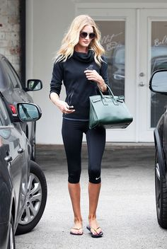 Even though we may not look like Rosie Huntington-Whitely post-treadmill run, at least we know her gym style is attainable!