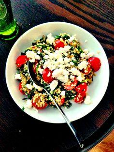 #quinoa #spinazie #pijnboompitten #tomaten #aubergine #superfood #healthy