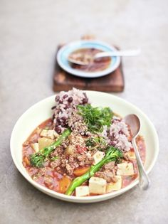Chinese steak & tofu stew with adzuki bean rice (Jamie Oliver) Asian Recipes, Healthy Recipes, Ethnic Recipes, Tofu Recipes, Asian Foods, Healthy Foods, Easy Recipes, Recipies, Foodblogger