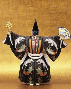 Hakata doll by Masaki Kuniaki(国崎正行) / Noh Okina 能「翁」三番叟 狂言方 Japanese Costume, Japanese Kimono, Noh Theatre, Kabuki Costume, Japanese Outfits, Japan Art, Japan Fashion, World Cultures, Samurai