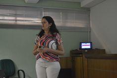 I Semana de Metodologia & Produção Científica - 2016. Palestra sobre pesquisa e análise de dados quantitativos com a Profa. Silvia de Freitas.