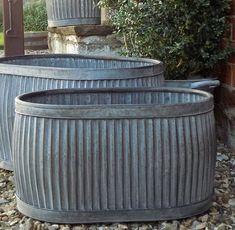 Medium oval dolly tub planter