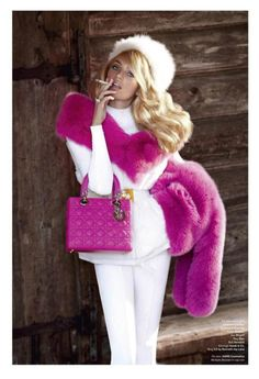 Candice Swanepoel dior bag in hot pink Pretty In Pink, Pink Love, Hot Pink, Pink White, Bright Pink, Snow White, V Magazine, Magazine Editorial, Magazine Covers