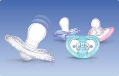 I succhietti Nûby ™ Natural Touch ™ Softflex sono discreti, eleganti, e progettati per essere i piu' naturali possibili. Hanno una tettarella anatomica che si flette e stende come il capezzolo materno. Questo movimento oscillatorio aiuta a promuovere la naturale suzione, dando un maggior sollievo al bambino. I succhietti Softflex sono dotati di sferette massaggiagengive poste alla base della tettarella per massaggiare e dare sollievo alle gengive in fase di dentizione