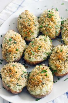 Creamy on the inside, crunchy breadcrumb topping on the outside- these are the BEST twice baked potatoes EVER! Plus, they're freezable if you assemble ahead of time or have leftovers. They're my late grandfather's famous family recipe. Dried Potatoes, Idaho Potatoes, Thanksgiving Recipes, Holiday Recipes, Winter Recipes, Summer Recipes, Christmas Recipes, Best Twice Baked Potatoes, Famous Recipe