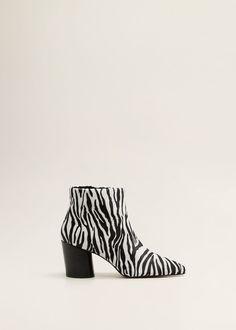 a9e09cbf5 80 лучших изображений доски «Обувь» за 2018 | Boots, Shoe boots и Heels