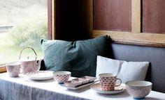 Tischdecke - gedeckter Tisch