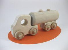Love, love, love this handmade wooden truck!