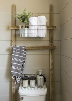 Ladder design are basket organizer for bathroom