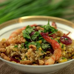 Erwan throws together a stunning shrimp and crab fried rice.