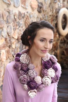 Vrouekeur Magazine 3 June 2016 Crochet Necklace, Crochet Patterns, Lady, Scarfs, Magazines, Om, Jewelry, June, Fashion
