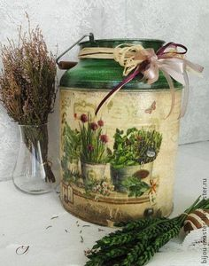 Бидончик Decoupage Box, Decoupage Vintage, Vintage Crafts, Tole Painting, Ceramic Painting, Painting On Wood, Painted Milk Cans, Interior Decorating Tips, Country Crafts