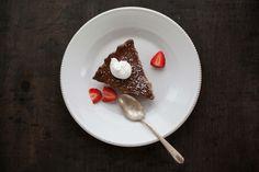 Chocolate Cream Pie Recipe - Dr. Axe
