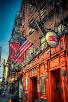 Greenwich Village, on de west side of Lower Manhattan, New York City_ USA Wyoming, New York City, Voyage New York, Empire State Of Mind, I Love Nyc, Ny Ny, City That Never Sleeps, Greenwich Village, Best Cities