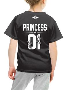 Princess 01 t-shirt with number on the back, girl t shirt family photography ideas, family photoshoot ideas, family t shirts, matching family t shirts