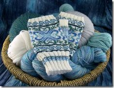 These would be fun to try with a white and a variegated yarn with a slow color change