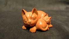 Wood Carved Mama & Kitty Cat Netsuke Boxwood – Edith's Gallery