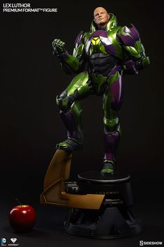 DC Comics Lex Luthor - Power Suit Premium Format Figure by Sideshow Collectibles