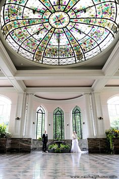 Wedding photo shoot in Casa Loma, Toronto, Canada