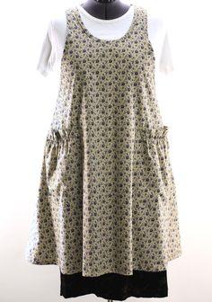 Plus Size Vintage Blue Floral No Tie Apron - The Vermont Apron Company