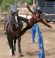 Trick Riding, a shroud layout Western Riding, Horse Riding, Trick Riding Saddle, Most Beautiful Animals, Beautiful Horses, Vaquera Sexy, Westerns, Horse Girl Photography, Barrel Racing Horses