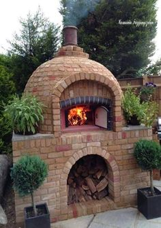 """Exceptional """"built in grill diy""""x detail is available on our internet site. Check it out and you wont be sorry you did. Diy Pizza Oven, Pizza Oven Outdoor, Outdoor Cooking, Pizza Ovens, Brick Oven Outdoor, Diy Grill, Bread Oven, Four A Pizza, Built In Grill"""