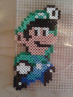 Luigi Jumping Hama Beads Mario, Pearler Beads, Mario Kart, Super Mario Bros, Yoshi, Luigi, Character, Beauty, Cross Stitch