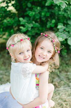 Emma und Luna | mummyandmini.com Fotos: Lisa Wagner Fotografie sisterlove