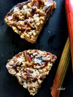 Rebarborový koláč - Petronela Boleková (blog.sme.sk) Ale, Waffles, Breakfast, Food, Basket, Meal, Eten, Ales, Meals