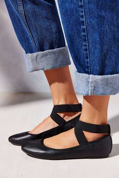 low priced 60451 2c239 13 Ballet Flats That Are Anything But Basic