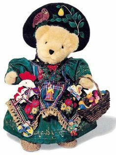 Muffy Peddler, 1997 (Twelve Days of Christmas),  LTD  5000, 1997 Walt Disney World Teddy Bear and Doll exclusive, MWT MIB