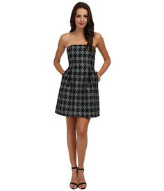 Classic houndstooth pattern for a modern strapless dress. #trinaturk #fashionfavorites