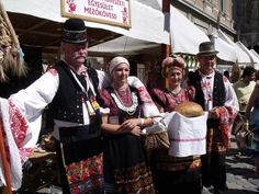 . Folk Costume, Costumes, Folk Art, Captain Hat, Dads, Folk Clothing, Image, Quilts, Embroidery