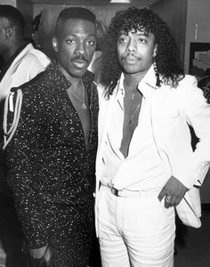 Eddie Murphy and Rick James posing for a photo together in During this tim… – All Pictures Eddie Murphy, Black Celebrities, Famous Celebrities, Celebs, Famous Comedians, Rick James, Mocha, Young Leonardo Dicaprio, Christy Turlington