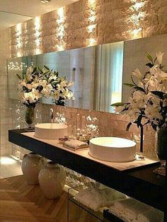 Very elegant bathroom design