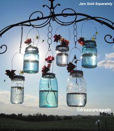 Hanging Mason Jar Vases Flower Frog LIDS, Mason Jar Wedding Decorations, DIY Lids Only - No Jars von treasureagain auf Etsy https://www.etsy.com/de/listing/69976011/hanging-mason-jar-vases-flower-frog-lids