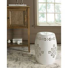 Safavieh Quatrefoil Antique White Garden Stool , Outdoor Décor (Ceramic)