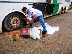 R a g news noticias do Brasil e do mundo: Acidente>Homem tem a cabeça esmagada ao trocar pneu de ônibus