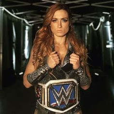 What a REAL Womens Champion looks like Wrestling Divas, Women's Wrestling, Wrestling Stars, Becky Lynch, Conor Mcgregor, Wwe Lucha, Becky Wwe, Rebecca Quin, Kicker