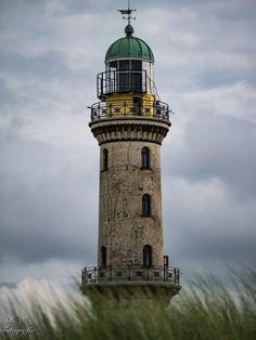 Leuchtturm - in Warnemünde