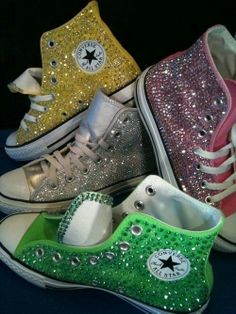 Are Converse supposed to have sparkles? Mhm, I didn't think so.