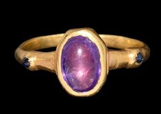Ancient to Medieval (And Slightly Later) History - Medieval Gold Ring with Ameth. - Ancient to Medieval (And Slightly Later) History – Medieval Gold Ring with Amethyst and Sapphires - Art Deco Jewelry, Glass Jewelry, Gold Jewelry, Jewellery, Viking Jewelry, Ancient Jewelry, Antique Gold, Antique Jewelry, History Medieval