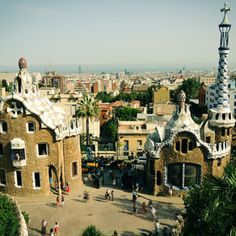 Gaudi, Park Guell / 500px