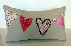 cute pillow on Crafty Girls Workshop for Valentine's day Valentine Day Love, Valentine Day Crafts, Valentine Pillow, Sewing Crafts, Sewing Projects, Cute Pillows, Owl Pillows, Burlap Pillows, Pillow Inspiration