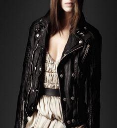 Hot Sale Fashion Women Genuine Sheepskin Leather Jacket Brand Design Casual Slim Short Black Biker Motorcycle Coat Jaqueta ZH070 $199.99