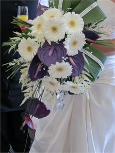 I Like This Unusual Bouquet Idea Anthurium And Gerbera Something New Fl Design